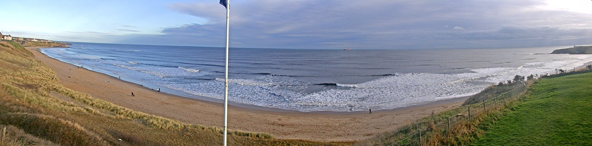 Latest webcam still for Tynemouth - Longsands
