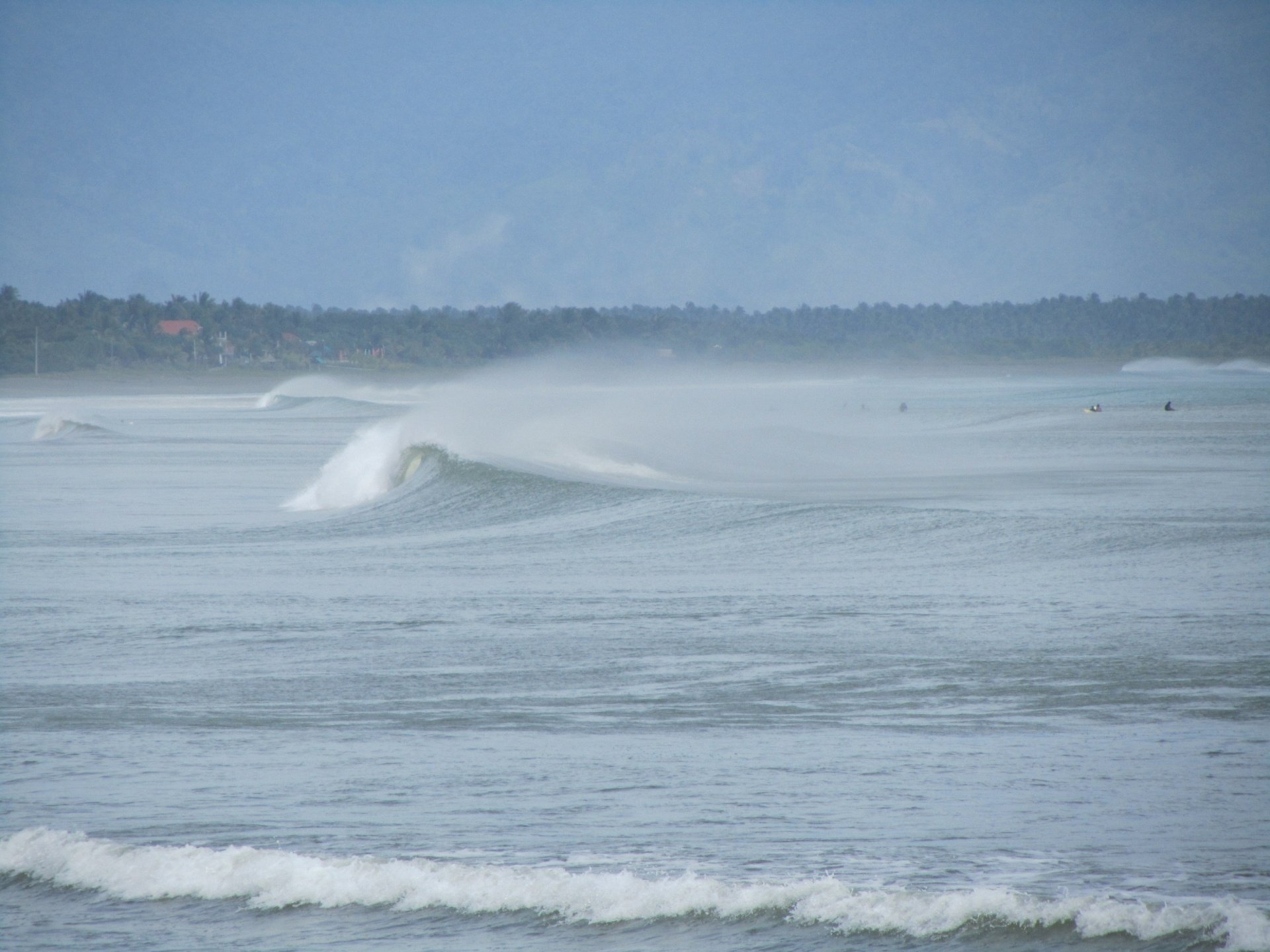 likklemoe's photo of Baler, Luzon