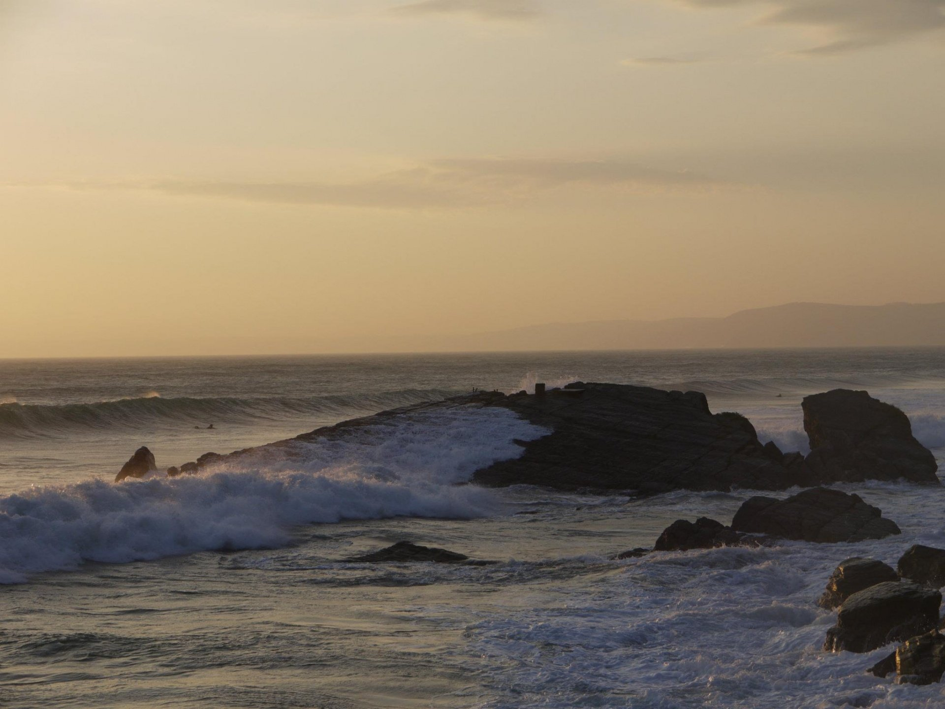 Ted Glasspool's photo of Whitsand Bay