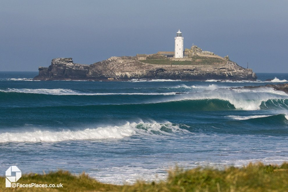 FacesPlaces's photo of Godrevy