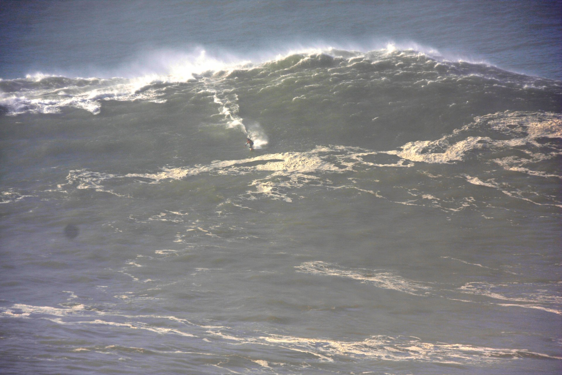 surferpete's photo of Nazaré