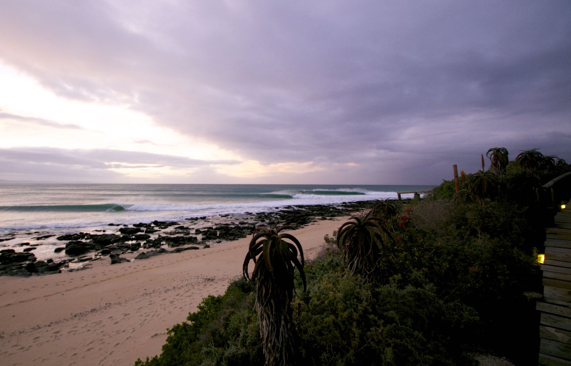 @grant.scholtz's photo of Jeffreys Bay (J-Bay)