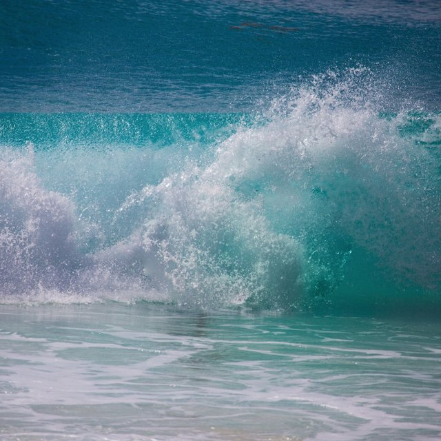 Cancun Surf Report, Surf Forecast and Live Surf Webcams