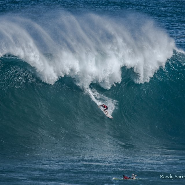 Peahi - Jaws Surf Report, Surf Forecast and Live Surf Webcams