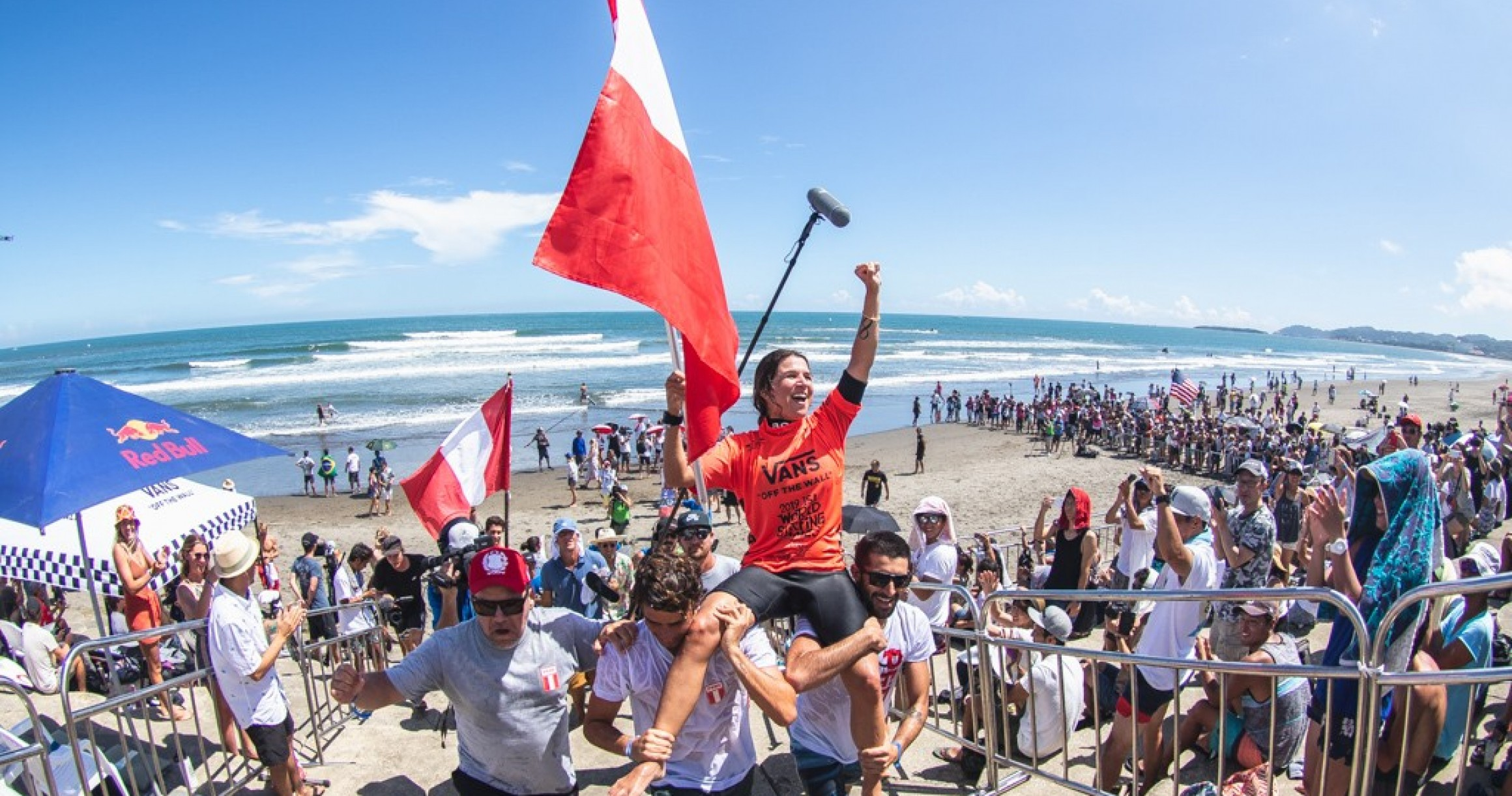 4 Women Provisionally Qualify for Olympics at ISA World Surfing Games Pres by Vans - Magicseaweed.com