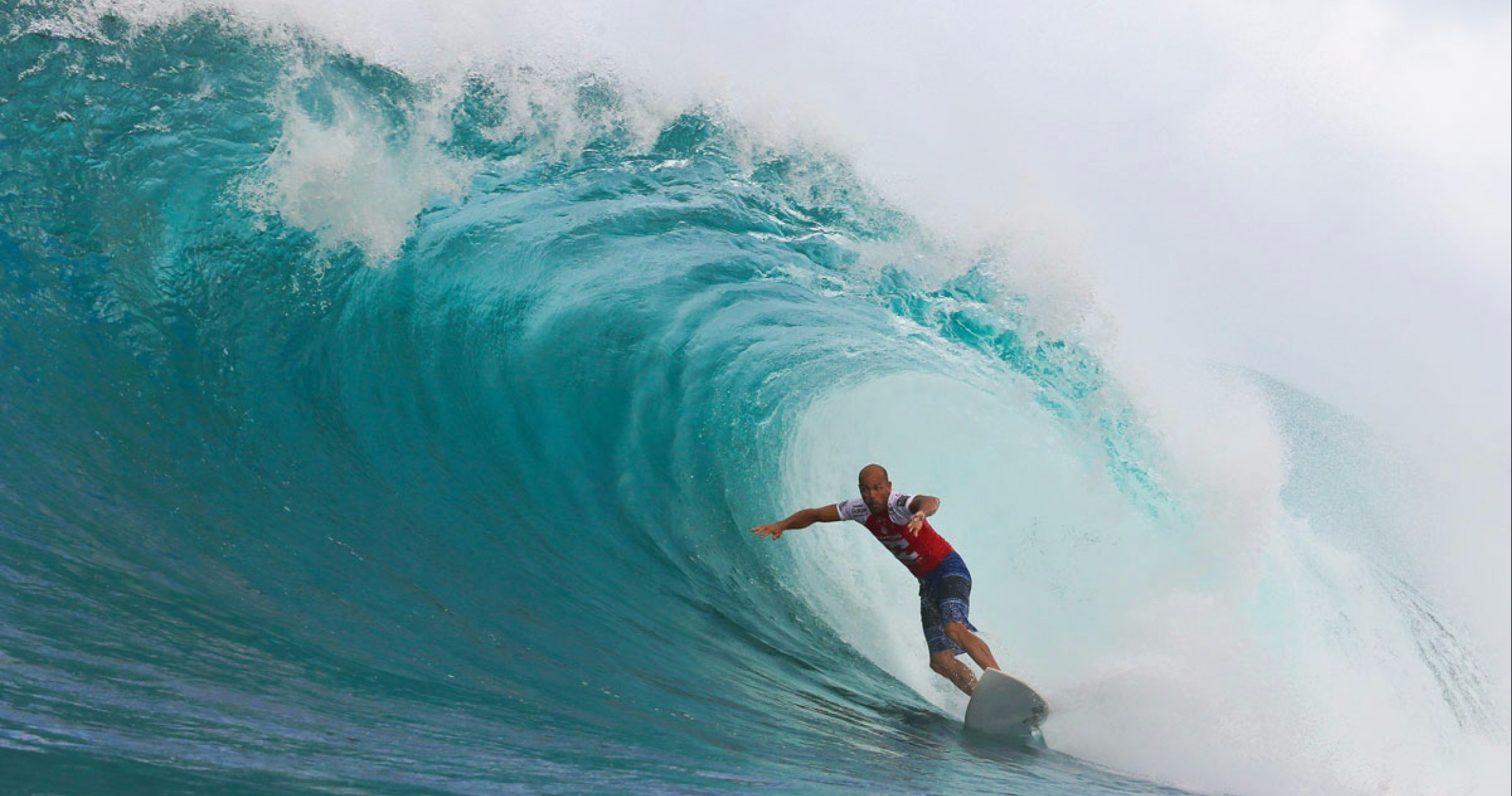 0bed38fb0571c3 OPINION  Kelly Slater Should Not Get an Injury Wildcard - Magicseaweed.com